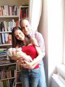 Scott, his wife Annamaria, and little Lisa Belize